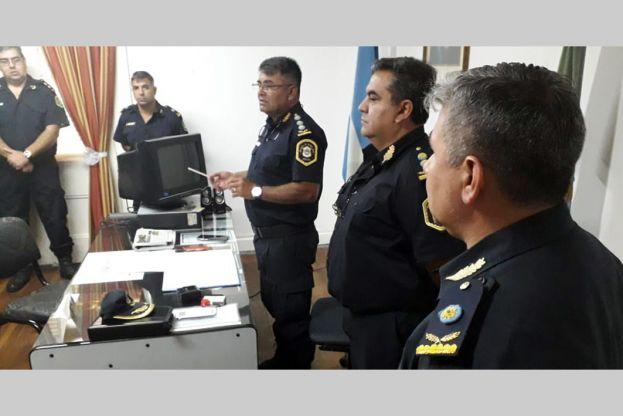 Ambos comisarios registran en su foja de servicios una estadía en Rojas en su carrera policial.