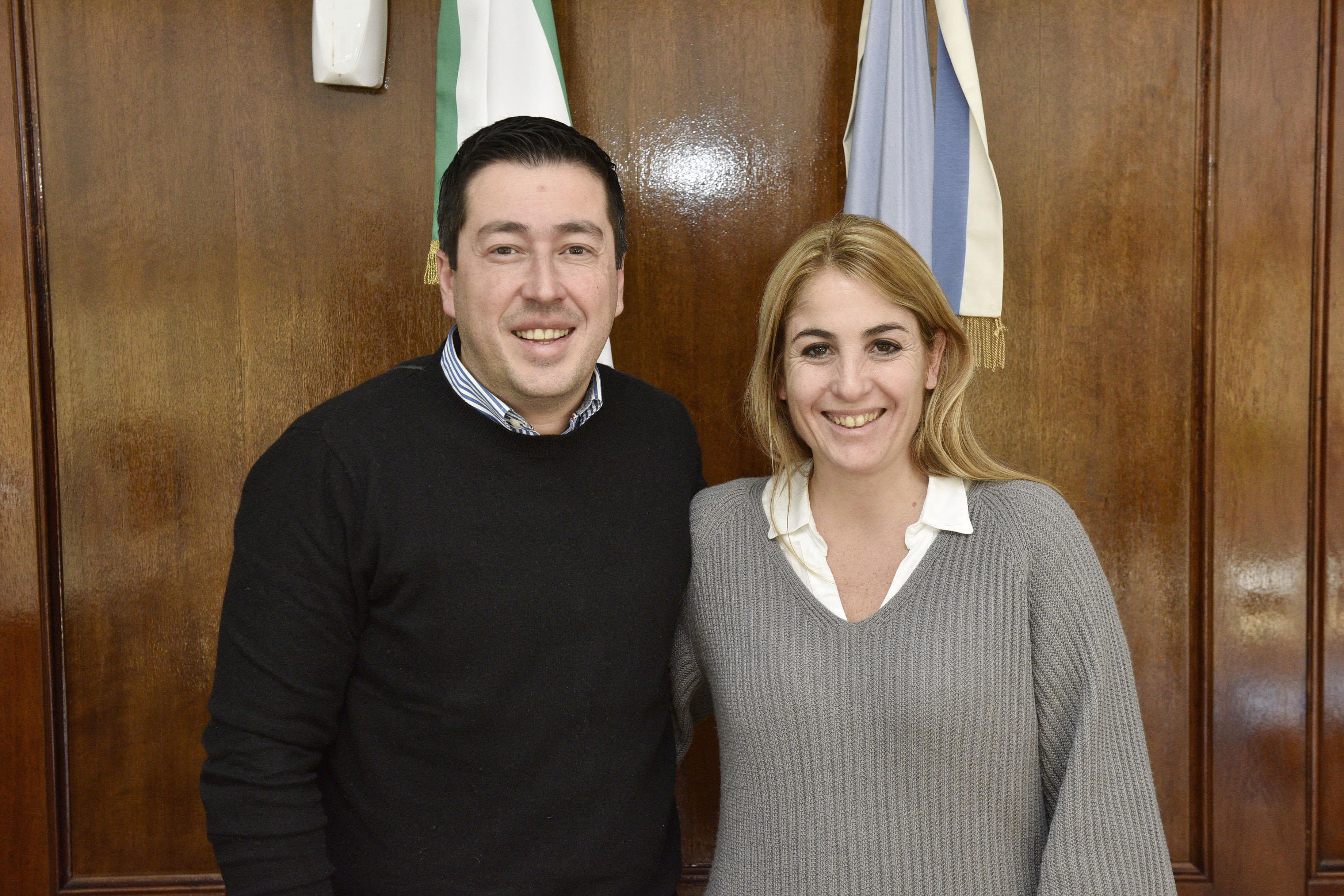 La candidata a intendenta por el Frente de Todos, María Eugenia Ball Lima, visitó junto al jefe comunal de Malvinas Argentinas, Leonardo Nardini, el Centro Operativo Municipal de ese distrito, ubicado en la localidad de Pablo Nogués.
