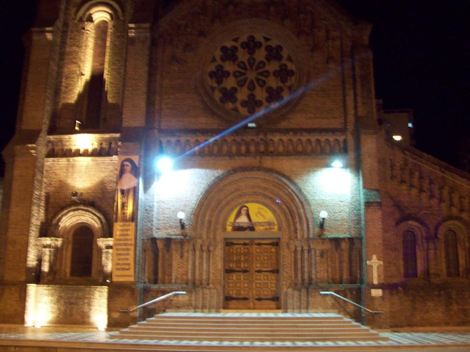 Roban y vandalizan réplica de la imagen de la Virgen de Luján