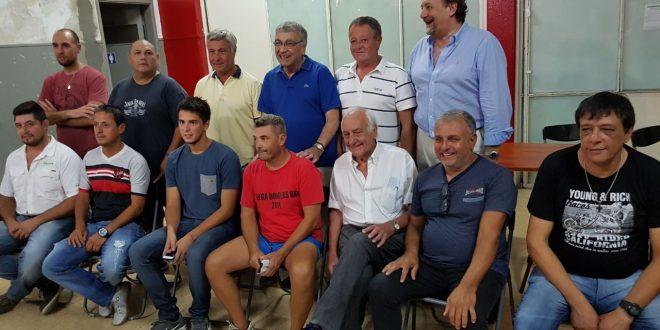 Desde el viernes por la noche, el club más importante de la ciudad, tiene una nueva comisión directiva. Algunos viejos conocidos, como Carlos Scallia, quien ya había sido presidente de la institución, y otros no tanto, conforman la nueva plantilla de directivos, que ya son responsables de la institución.