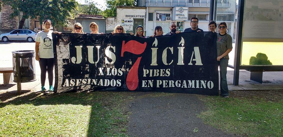 Se viene la tercera marcha del silencio para pedir justicia por los siete detenidos fallecidos el mes pasado en la Comisaría Primera. La convocatoria es para este jueves, desde las 19, en la Plaza Merced.