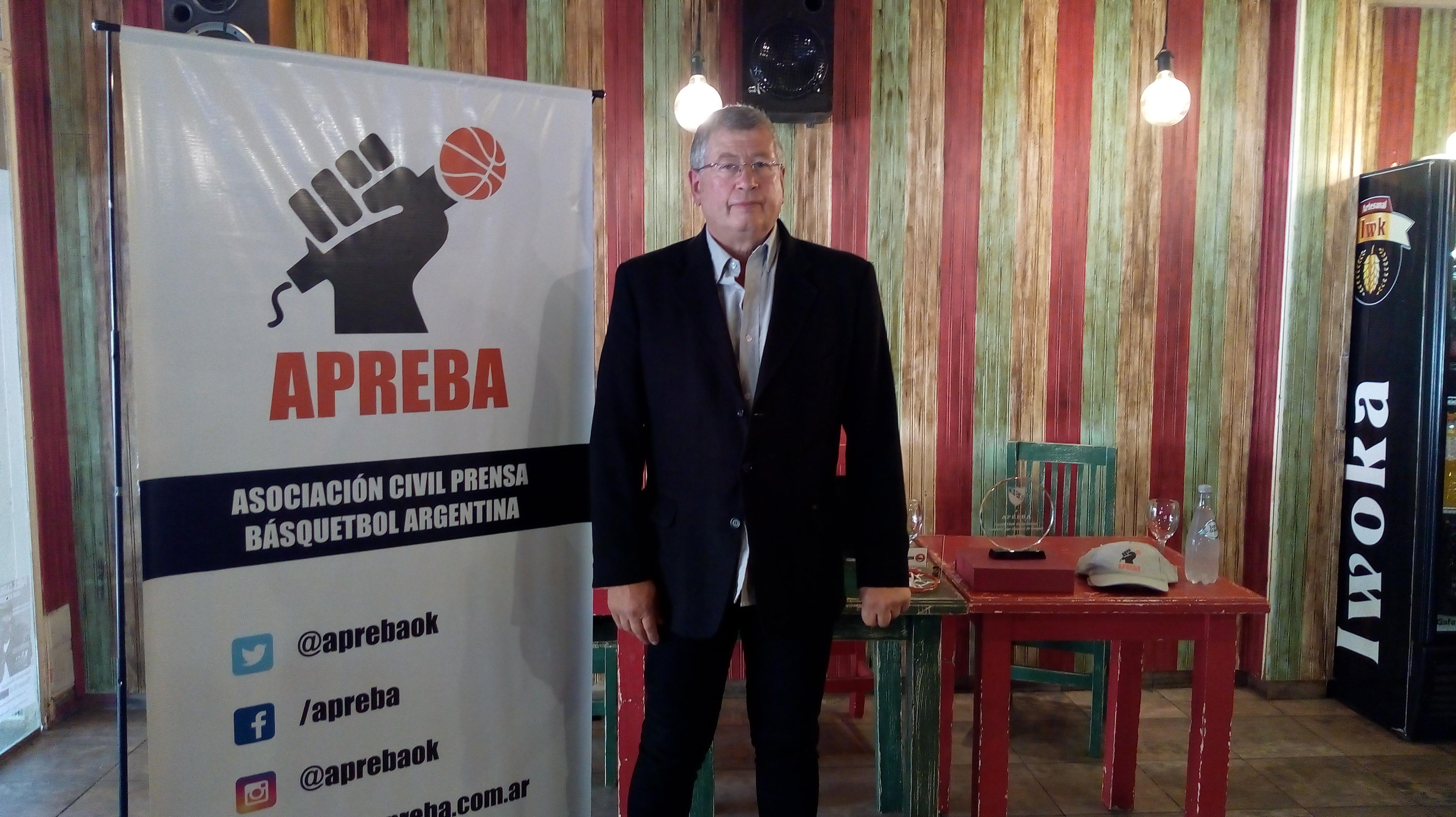 APREBA hizo su presentación en Pergamino buscando nuevos socios, Rubén Muñoz, presidente de la entidad, explicó los beneficios de esta nueva asociación civil de prensa del básquet.