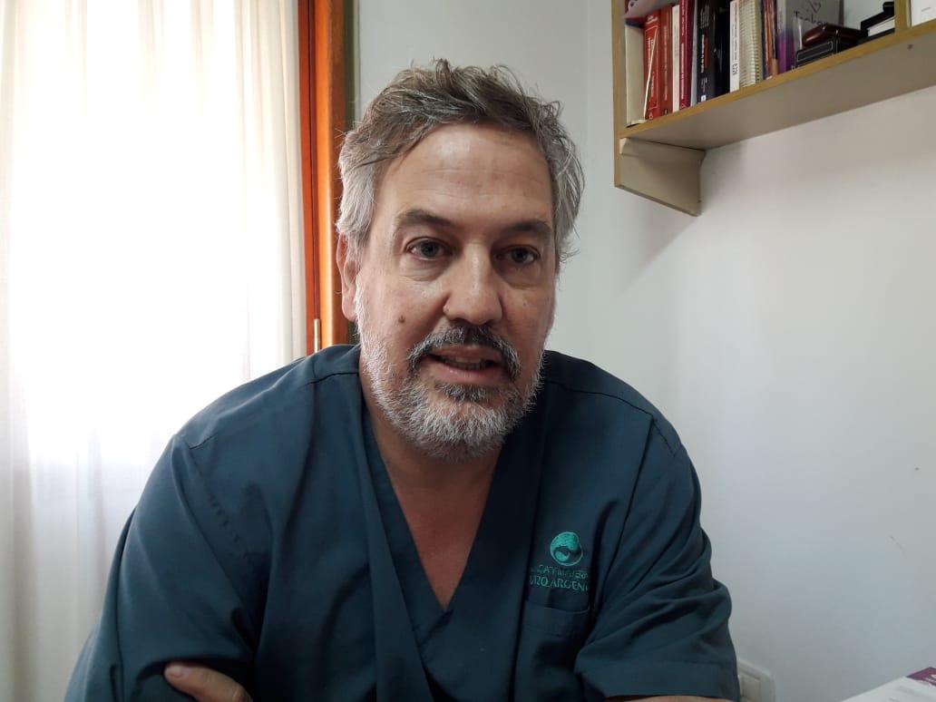 Los hechos datarían del pasado fin de semana del 24 y 25 de noviembre, cuando este reconocido vecino de Rojas, prestigiosos medico cardiólogo y actual edil del opositor Frente Renovador, habría sido el protagonista del episodio del que habla toda la ciudad.