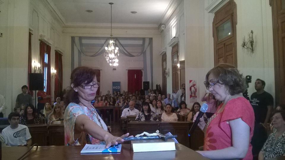 """Celia Segovia, integrante del Consejo Escolar, demandó al Municipio y considera que hay """"persecución"""" ya que no cobra su sueldo desde el mes de junio del 2016."""