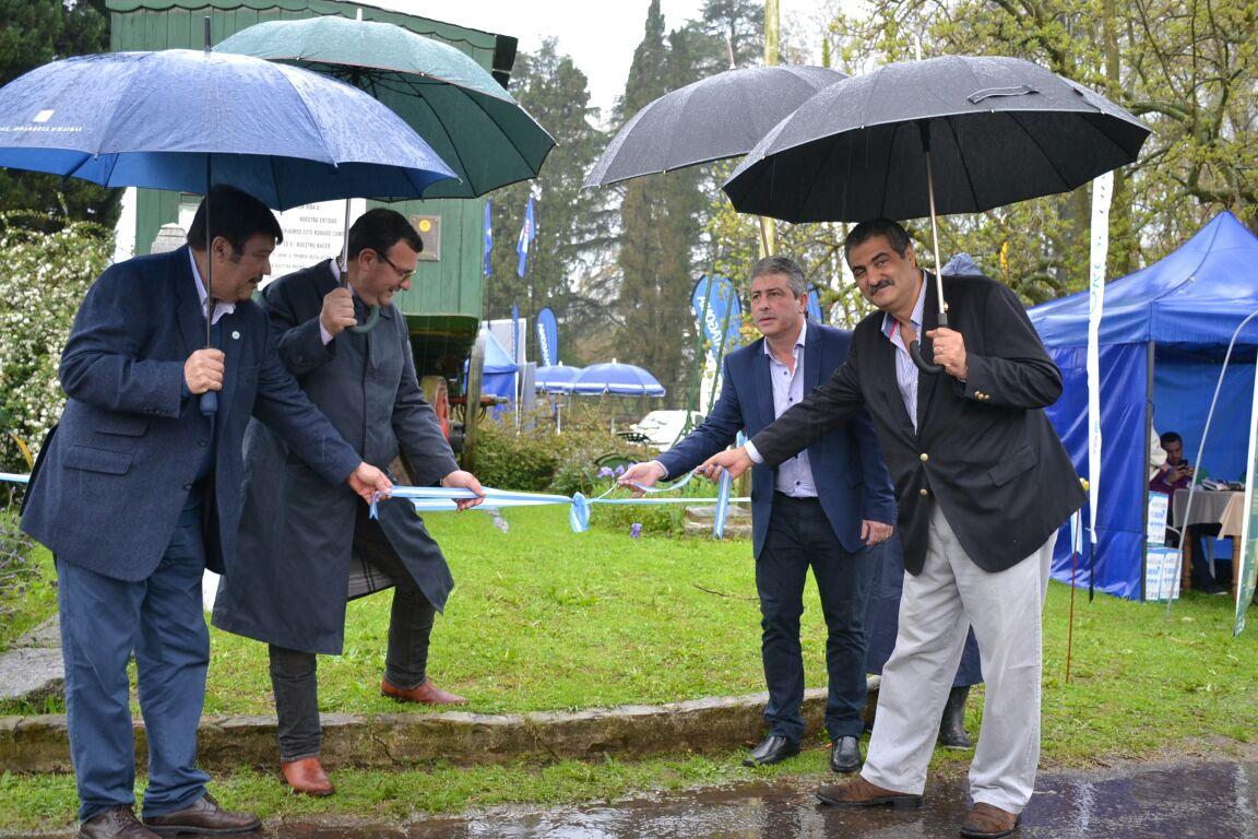 Durante la mañana del sábado 9 de septiembre se celebró oficialmente la inauguración de la 79º edición de la Exposición Rural, en el marco de los festejos por sus 90 años.