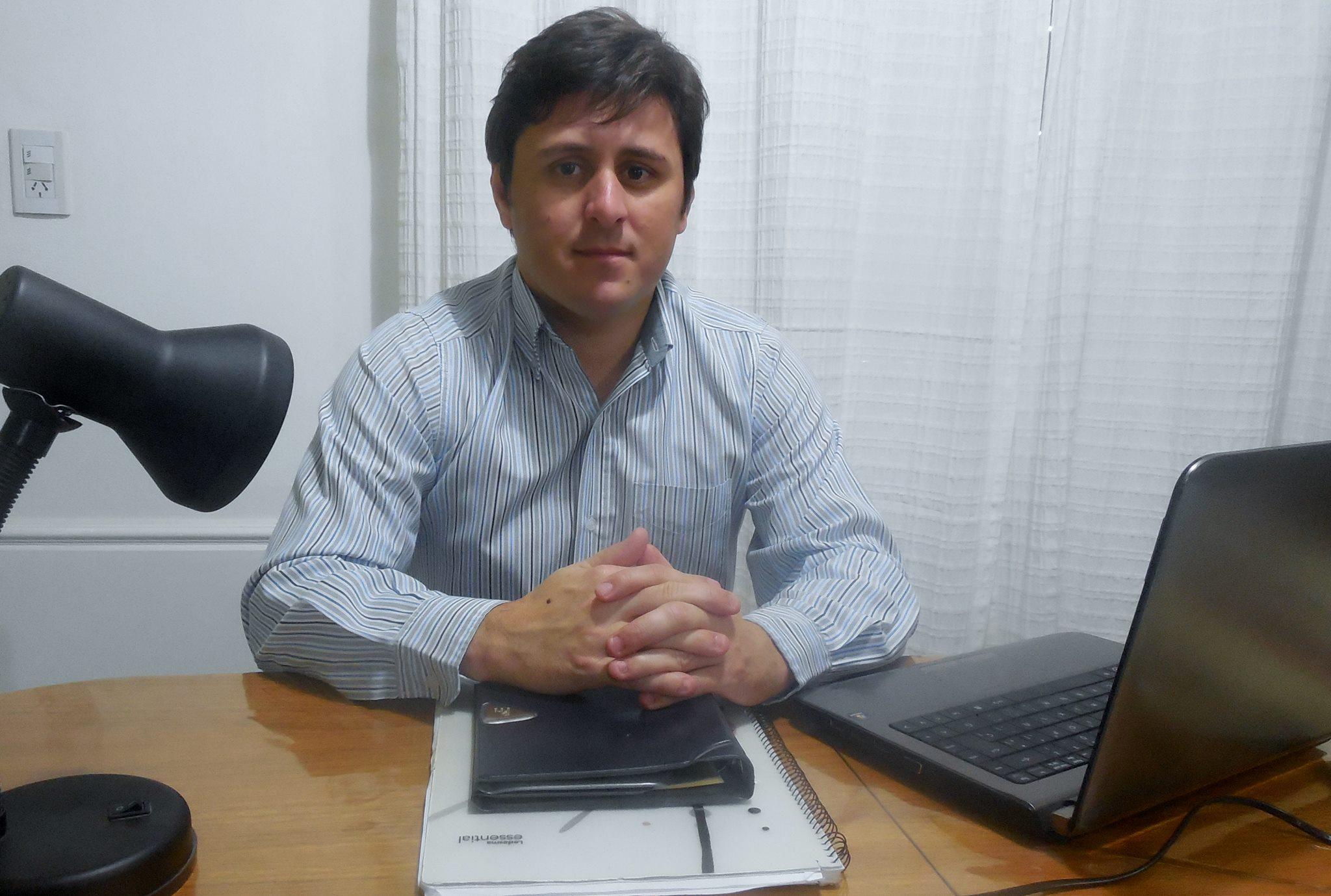 Álvaro Reynoso fue quien redactó y firmó el pedido de emergencia tarifaria que fue rechazado por el bloque de Cambiemos en la última sesión del Concejo Deliberante. El esfuerzo desde la oposición no logró que el oficialismo los acompañe.