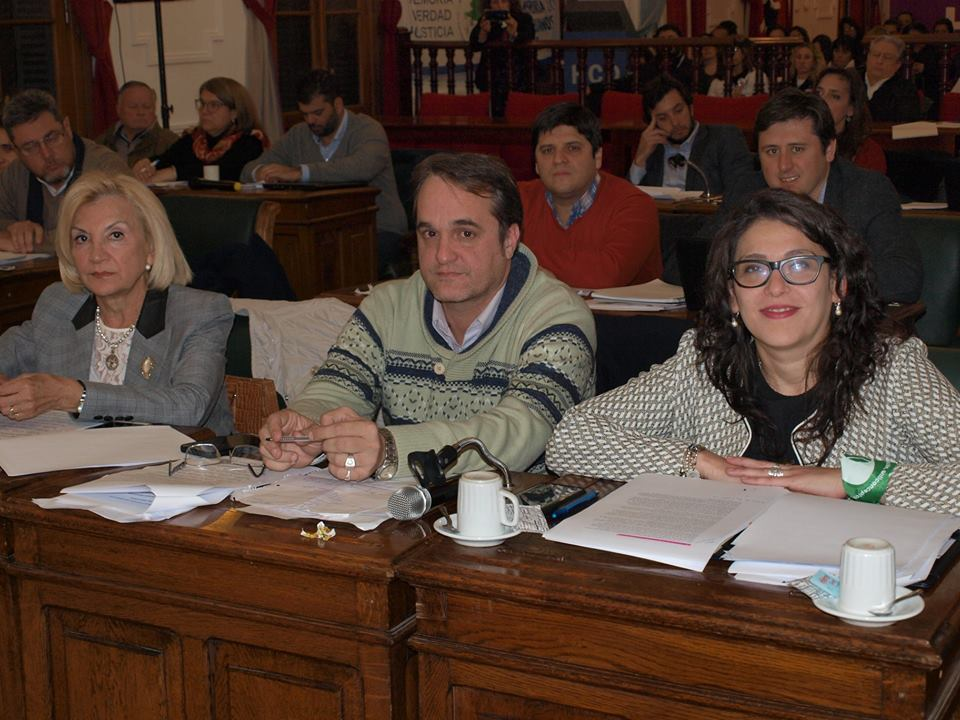 Esas fueron las palabras del concejal Cristian Settembrini, quien además acusó al intendente Javier Martínez de no reconocer la necesidad de emergencia y vetar los proyectos.