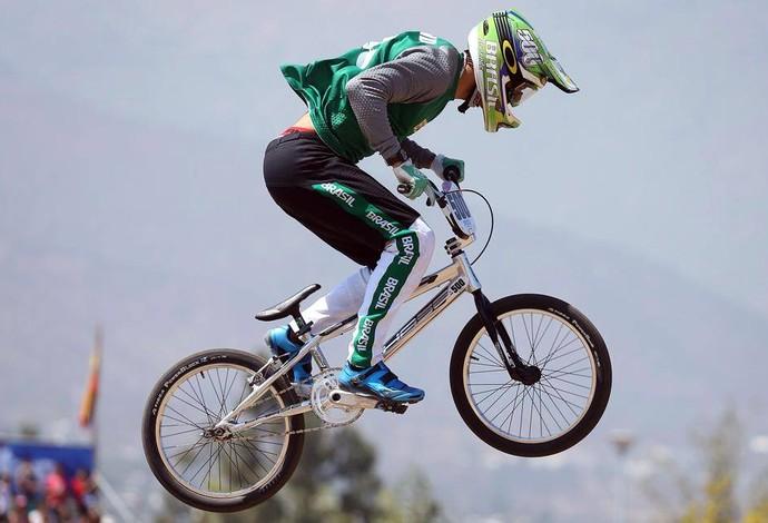 """El sábado 27 y el domingo 28 de enero, a partir de las 16, en el Parque Municipal, se llevará a cabo por segundo año consecutivo la competencia internacional """"Summer BMX Contest""""."""