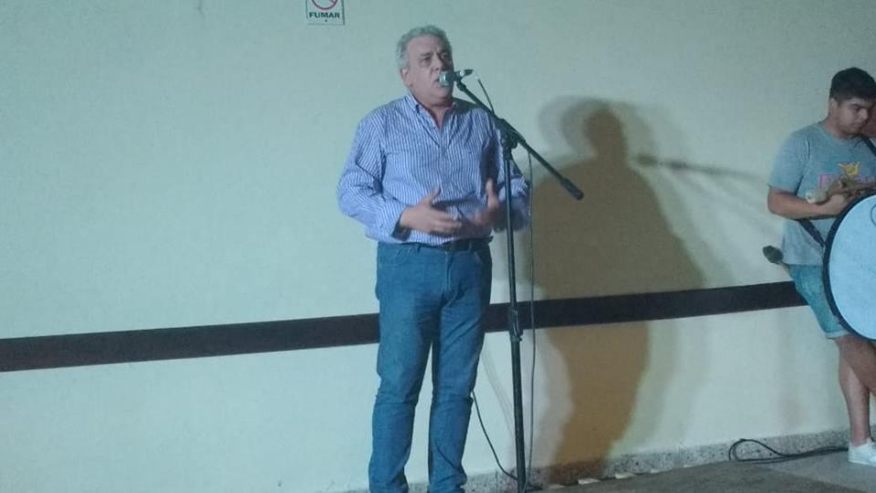 El actual presidente del Partido Justicialista recorre la ciudad hablando con la gente. La tercera edad es uno de los sectores más golpeados, lo que ha hecho el peronismo en la ciudad y lo que se vendrá en el 2019.
