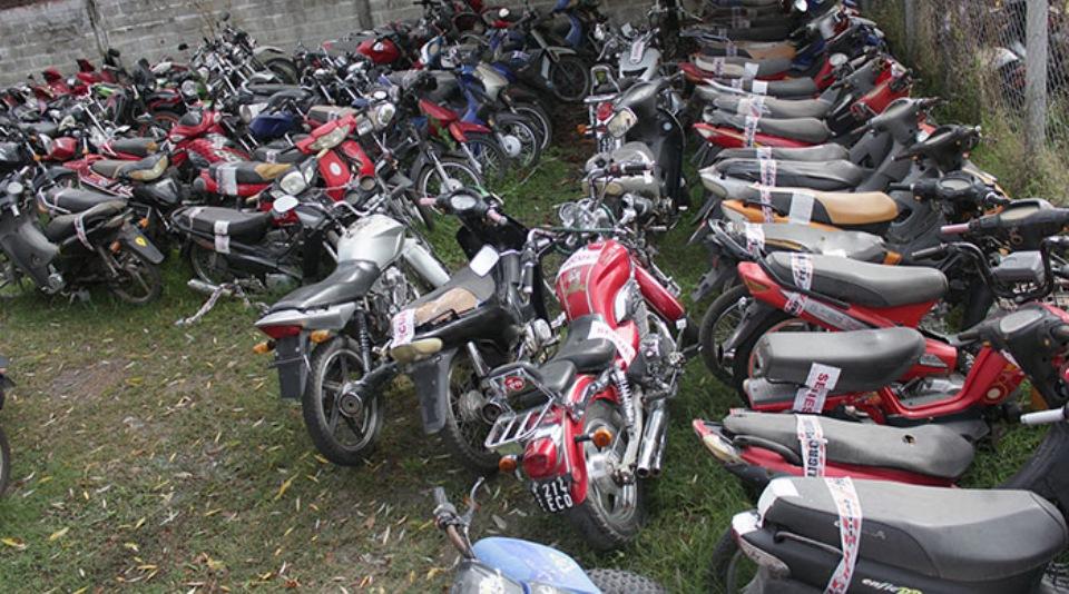 Fue en la segunda sesión ordinaria donde el concejal José Agudo solicitó el traspaso de las motos en desuso para la escuela de artes y oficio. El mismo fue aprobado sobre tablas.