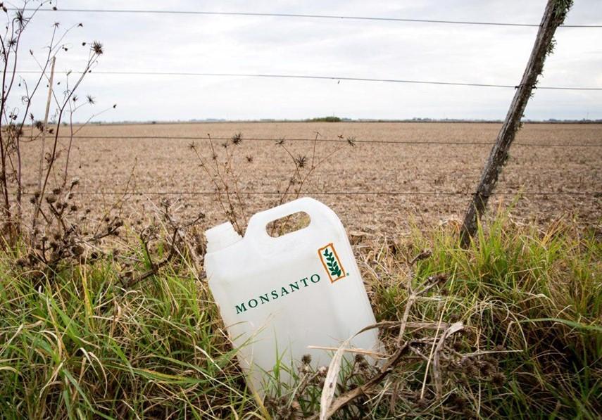 La mayoría de los vecinos ya le puso nombre a uno de los asesinos: Monsanto-Bayer.