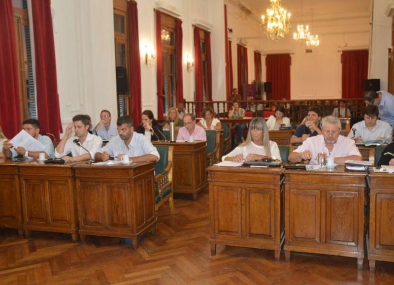 Desde la Municipalidad se recordó que a las 19 horas habrá una nueva sesión el 2 de febrero, donde los concejales analizarán 8 expedientes.