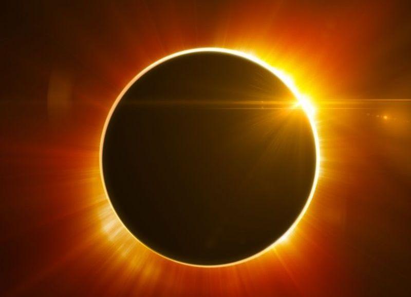 La Luna pasará entre la Tierra y el Sol.