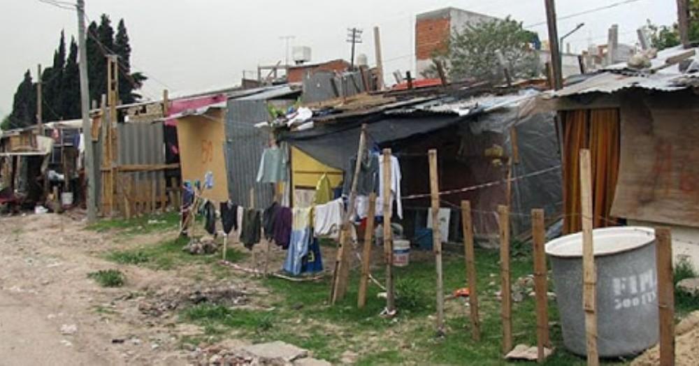 En Pergamino se detectaron unos 20 asentamientos con 1740 familias en riesgo, de acuerdo al informe del Gobierno bonaerense.