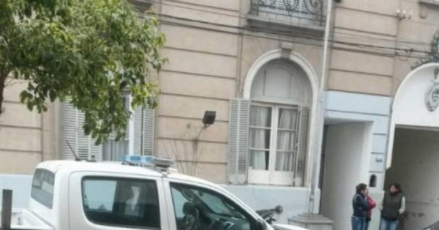 Mujeres policías acosadas sexualmente en Rojas no saben qué hacer