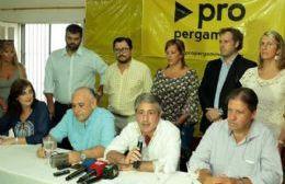 Javier Martínez junto al flamante vicepresidente de CELP, Anibal Figuerias (derecha) en sus años de militancia en el PRO.