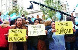 Denuncian agresiones a las madres de barrios fumigados durante la visita de Macri