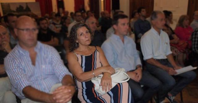 Más irregularidades ahogan la gestión de Martínez: Pomar renunció a la Presidencia del Consejo Escolar