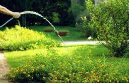 Llega el verano y los pergaminenses consumen el doble de la media necesaria.