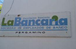 Bancarios cerraron aumento del 50 % con cláusula gatillo